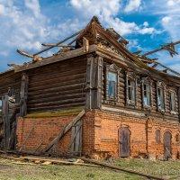 Старый дом :: Александр