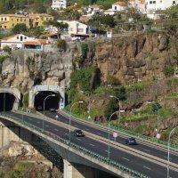 Дороги и тоннели Мадейры :: Natalia Harries