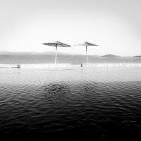 Соломенные зонтики :: Герман