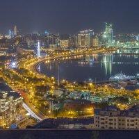 Вид на приморский бульвар в Баку :: Андрей Синявин