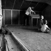 Когда папа строит дом... :: Оксана Коваленко