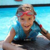 В бассейне :: Ольга Лыкова