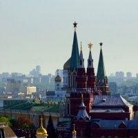 Башни Кремля :: Igor Khmelev