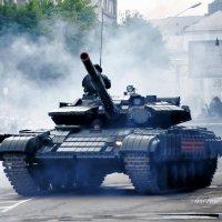 Парад Победы, Донбасс,Луганск :: ʁwи ǝоw - Любовь