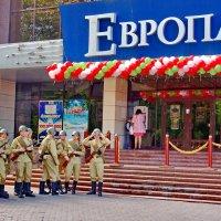 Гомель- 9мая 2015- очередь в ЕВРОПУ :: yuri zaitsev
