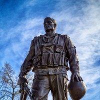 Памятник воинам-интернационалистам :: Андрей Дворников