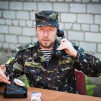 Поздравляю всех с праздником Победы. И хочу пожелать чтоб военную форму мы одевали только для фото с :: Михаил Бродский
