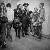 - Разрешите пройти, товарищ подполковник! :: Алексей Окунеев