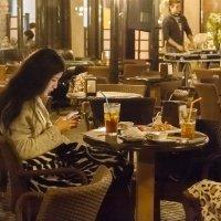 В кафе :: Наталья Одинцова