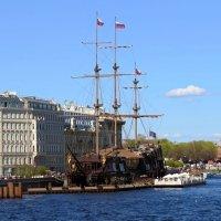 Корабль-ресторан на Неве :: Вера Щукина