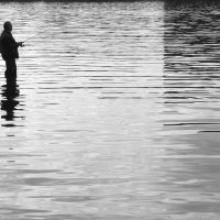 Рыбак и вода :: Александр Орлов