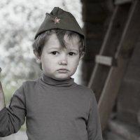 Боец с поцарапанным носом :: Михаил Онипенко