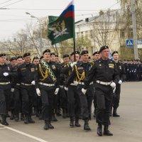 Фашисты в городе и более того, в парадном расчёте :: Владимир Максимов