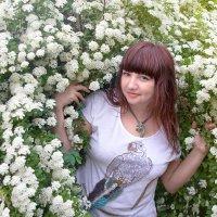 Фотограф в поисках новых фонов для фото... )) :: Райская птица Бородина