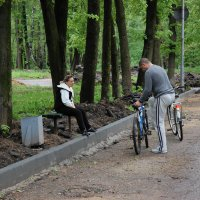 Свидание велосипедистов :: Александр Буянов