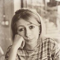 Женский портрет 1 :: Анатолий Бастунский