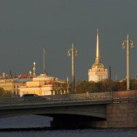 В лучах уходящего солнца :: Вера Моисеева