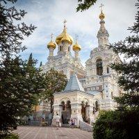 Храм Александра Невского, Ялта, Крым :: Павел Белоус