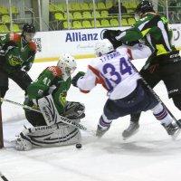 Мужская игра, хоккей :: Bazilio Cat March