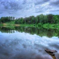 Зеркало озера после дождя :: Юлия Холодкова