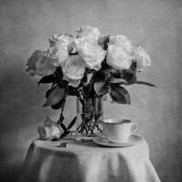 Чайные розы. :: Юлия Холодкова