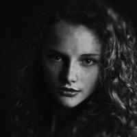 simple portrait :: Alex Homin