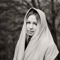 в осеннем лесу :: Натали Никулина
