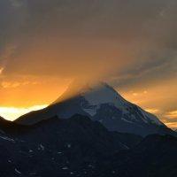 Закат в горах :: Ирина Пол
