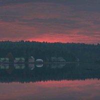 Рассвет на озере :: Александр Сивкин