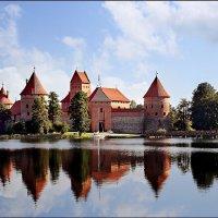 Тракайский замок_2. :: Anatolij Maniuto