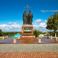 Памятник Кириллу и Мефодию открыт в Коломне :: Екатерина Рябцева