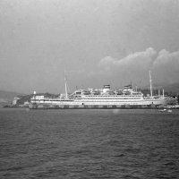 круизный пароход  Адмирал Нахимов, 1986г. :: Олег Чернов