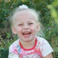 улыбки детей-счастье! :: Марина Карлюк