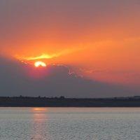 Закат на Волге :: галина северинова