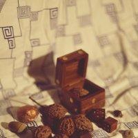 орехи и кости :: Катерина Мишкель