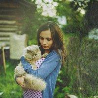 Котэ в летнем саду) :: Татьяна Грибановская