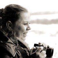 Девушка с фотоаппаратом :: Дмитрий Арсеньев
