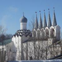 колокольня монастыря :: Сергей Кочнев