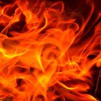 В этом огне, каждый видит своё :: Руслан Иванов