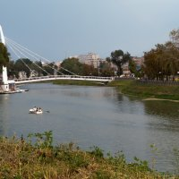 Пешеходный мост у стрелки рек Харьков и Лопань :: Игорь Найда