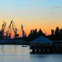 На закате дня в порту :: Natusya _ya