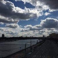 Облачный день в Москве :: Евгений Белов