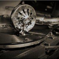 А музыка звучит! :: Владимир Шошин