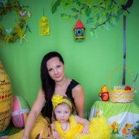мама, дочка, кролик. :: Мария Корнилова