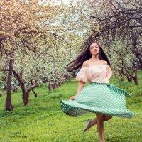 в танце :: Юлия Лемехова