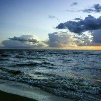 Буйство Природы и облаков :: Gennadiy Karasev