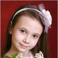 Девочка с сиренью :: Римма Алеева