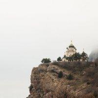 Храм на горе :: Alex In
