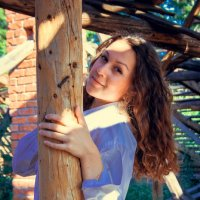 Девушка на крыше :: Анастасия Жигалёва