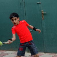 Тренировка во дворе :: Gudret Aghayev